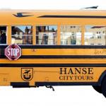 amerikanischer Schulbus umgebaut für Stadtrundfahrten