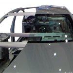 Blick über das gesamte Audi A8 Schnittmodell von 2010 von hinten oben