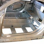 Blick in den Fahrgastraum der Rohkarosserie des Audi R8 von 2008