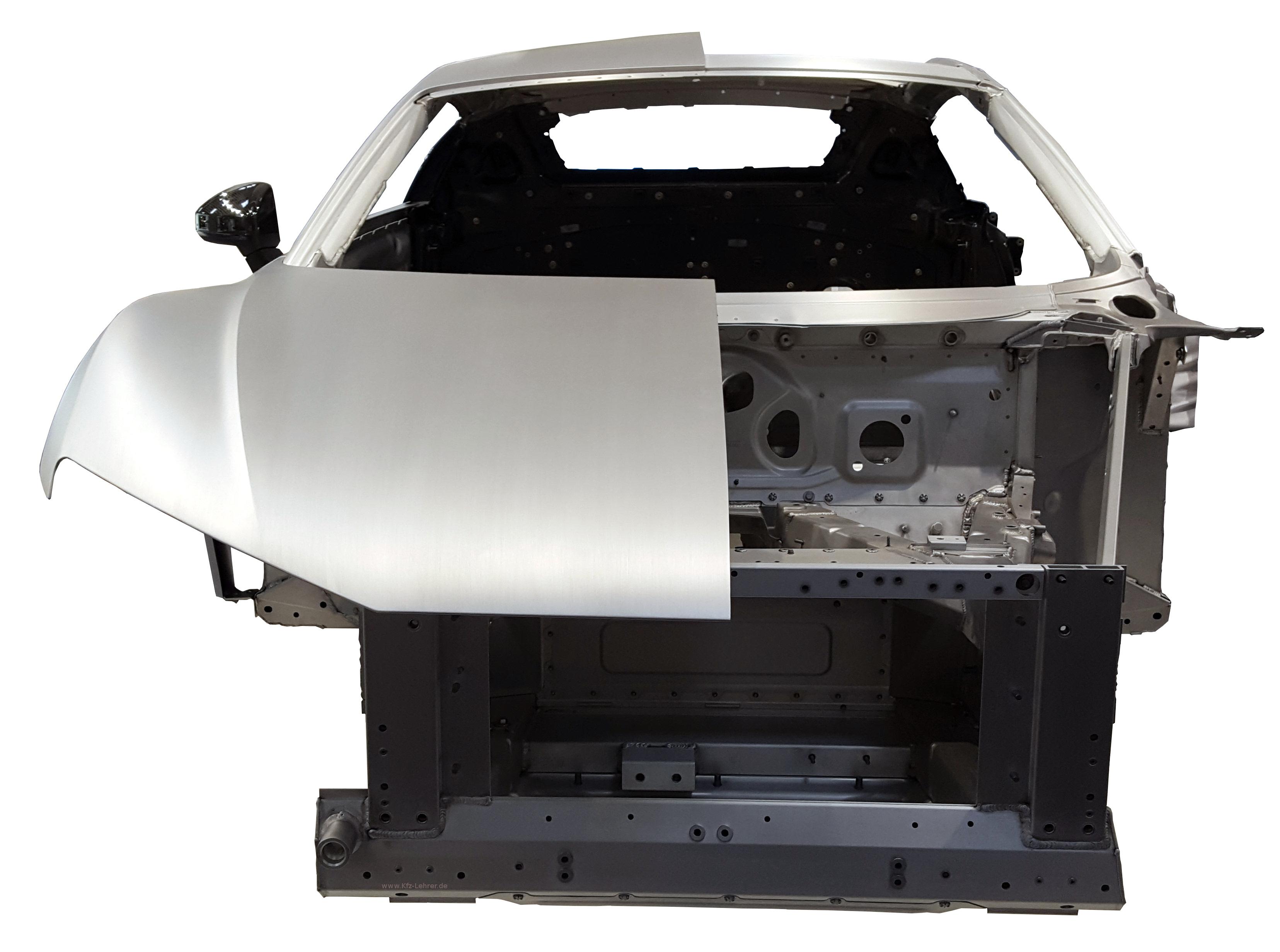 Blick auf die Rohkarosserie des Audi R8 von 2016 von vorn