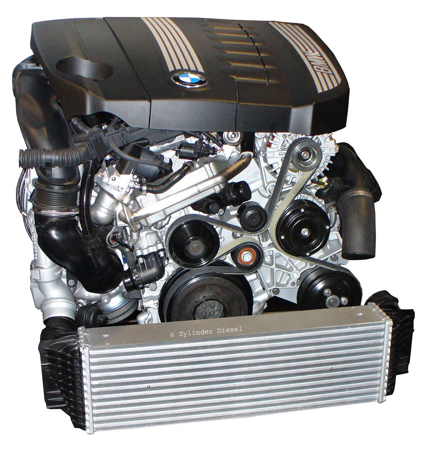 Blick auf den komplett montierten BMW Dieselmotor 6-Zylinder