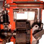 Blick in das Schnittmodell einer Reiheneinspritzpumpe von Bosch für ältere Dieselmotoren