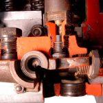 Blick in das Schnittmodell einer Diesel Reihenpumpe
