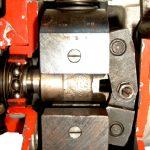 Blick auf den Regler einer Dieselreiheneinspritzpumpe