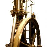 Blick auf den Nachbau des ersten Dieselmotors der Welt