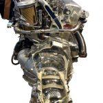 Blick auf das Schnittmodell des MB 2,5 D mit angeflanschtem Getriebe