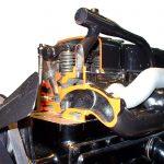 Blick auf den Zylinderkopf des Schnittmodelles eines MB OM 59 von 1932