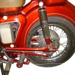 Schnittmodell einer MZ 175/1 Hinterrad und Batteriekasten