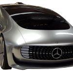 Sie blicken auf die Karosserie des Mercedes Benz FO15