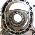 Blick auf den Rotationskolben eines Wankelmotors und seines umgebenden Raumes