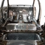 Blick ins Innere der Karosserie des Opel Astra Sports Tourer 2016