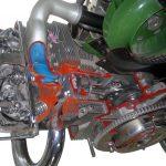 Blick auf das Schnittmodell eines Porsche Boxermotors in den Zylinder hinein