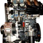 Blick in das Schnittmodell eines VW Golf Motors