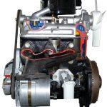 Blick auf das Schnittmodell des Wartburg 353 Motors