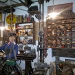 Blick in eine alte Zweiradwerkstatt